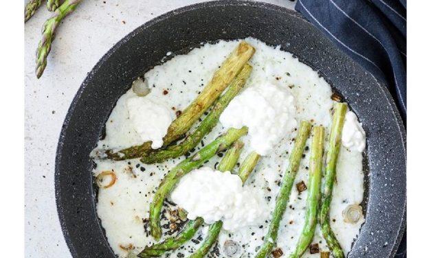 Asparagus & Ricotta Omelette